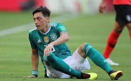 Phẫn nộ vì bị ngược đãi, nhà vô địch World Cup từ giã ĐT sau tâm thư tiết lộ nhiều góc tối
