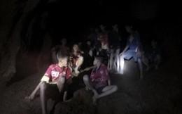 Nóng: Đã tìm thấy đội bóng Thái Lan mất tích, 12 đứa trẻ và huấn luyện viên đều sống sót đầy kỳ diệu