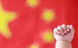 """Nới chính sách 1 con: Trung Quốc phá """"bom nhân khẩu học"""" ra sao?"""