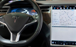 Elon Musk đăng đàn tuyển developer về làm game chơi trên xe Tesla