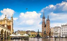Chỉ với khoảng 5-7 triệu đồng, bạn sẽ chi tiêu được gì ở những thành phố du lịch rẻ bậc nhất châu Âu?