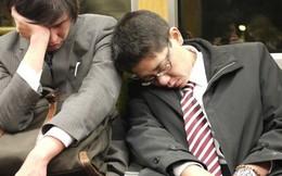 Chính phủ Nhật đề xuất cho nghỉ làm sáng thứ 2 để giảm tình trạng làm việc đến chết