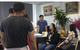 Công ty tour ở Sài Gòn cho khách đi… 'tàu bay giấy'