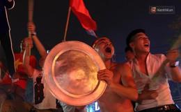 """Phải làm gì để hồi phục sức khỏe sau trận """"Bão xuyên màn đêm"""" cổ vũ Olympic Việt Nam ghi danh vào lịch sử ASIAD?"""
