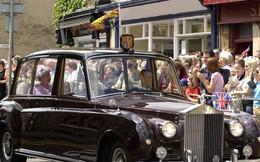 Hoàng gia Anh rao bán bộ sưu tập siêu xe Rolls-Royce đắt giá