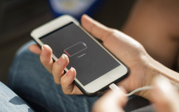 Hóa ra chúng ta đều đã sạc điện thoại sai cách, bảo sao smartphone nhanh chai pin, dễ sập nguồn tới vậy