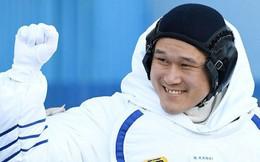 Lên vũ trụ sống 3 tuần, phi hành gia cao lên gần 10cm, sợ không chui vừa tàu vũ trụ để về nhà