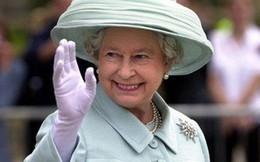 Nữ hoàng Anh lần đầu hé lộ bí mật về cỗ xe ngựa vàng sau 65 năm đăng quang
