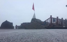 Clip: Tuyết đã rơi trên đỉnh Fansipan vào sáng sớm, nhiệt độ chỉ còn 0 độ C