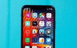 """Samsung đang nghiên cứu để """"học tập và làm theo"""" thiết kế tai thỏ của iPhone X"""