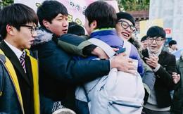 """Những điều kỳ dị trong kỳ thi ĐH ở Hàn Quốc: Tặng giấy vệ sinh để """"giải quyết"""" đề nhanh gọn, ngủ quá 4giờ/ngày sẽ thi trượt"""