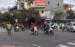 Công an truy tìm nhóm phượt thủ ngang nhiên chặn đường để đoàn xe của mình chạy qua ngã tư như xe ưu tiên