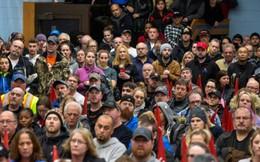 Hãng xe lớn nhất của Mỹ ồ ạt sa thải công nhân, đóng cửa loạt nhà máy