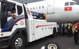 Tịch thu bằng lái của 2 phi công máy bay Vietjet bị rơi bánh ở sân bay Buôn Ma Thuột