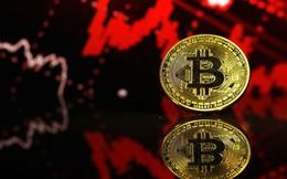 """Giá Bitcoin """"khởi động"""" tháng 12 bằng cú giảm 8%"""