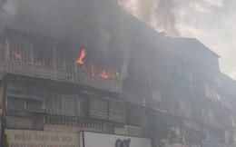 Hà Nội: Cháy chung cư cũ giữa trưa, nhiều người dân hoảng loạn
