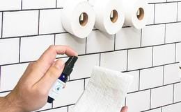 Startup bán nước xịt giấy vệ sinh được 'cá mập' đầu tư 50.000 USD nhờ một lần 'nổ' bồn cầu