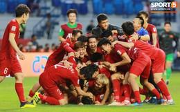 """Cựu trợ lý HLV Park Hang Seo: """"Từ nay, người nước ngoài sẽ nhìn chúng ta với con mắt tôn trọng, chứ không phải là bằng 1/2 con mắt như ngày xưa''"""
