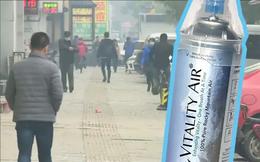 Máy lọc chưa đủ, người dân Trung Quốc từng đổ xô đi mua không khí đóng chai từ Canada, doanh nghiệp kiếm bộn tiền