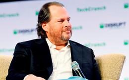 """CEO Salesforce: Đã đến lúc """"giải tán"""" Facebook"""