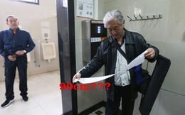 Người dân Trung Quốc: Buồn hơn bị cắt nước là đi WC phải quét gương mặt để nhận 90cm giấy, quét lần 2 trong vòng 10 phút sẽ 'nhịn' dùng giấy luôn!