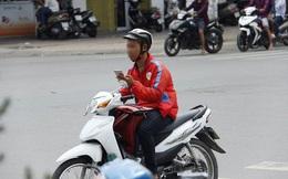 Từ ngày 15/11, tài xế xe ôm công nghệ coi chừng bị phạt khi tham gia giao thông