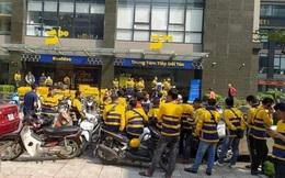 Be cắt giảm thưởng, nhiều đối tác tài xế tại Hà Nội kéo tới văn phòng công ty để phản đối