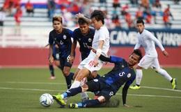 """Sao gốc Việt """"chết đứng"""" trên chấm 11m, Campuchia mất huy chương SEA Games đầy tiếc nuối"""
