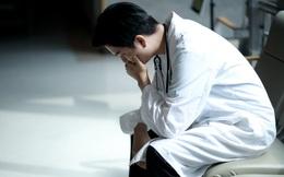 """Lời tâm sự của một bác sĩ thâm niên 10 năm: """"Tự tử là vô trách nhiệm"""""""