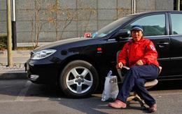 Thời đại AI, trông xe còn giàu hơn đi làm văn phòng ở Trung Quốc