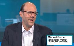Thất bại nhiều lần trong nghiên cứu, vị giáo sư tại Harvard vẫn nỗ lực đạt giải Nobel Kinh tế 2019 một cách ngoạn mục