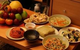 Ý nghĩa tâm linh ít người biết về bữa cơm Tất niên
