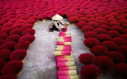 """Làng nghề tăm hương Việt Nam """"đẹp nao lòng"""" dưới ống kính nhiếp ảnh nước ngoài"""