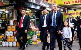 Tổng thống Argentina ngồi quán cà phê vỉa hè và đi dạo phố Hà Nội