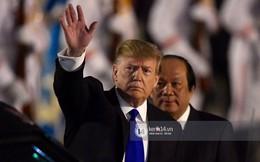 """Tổng thống Mỹ Donald Trump xuống chuyên cơ, đang trên siêu xe """"quái thú"""" vào trung tâm Hà Nội"""