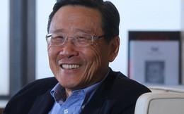 Chân dung tỷ phú giàu thứ 10 Hong Kong: Từ cậu ấm 12 tuổi tự du lịch vòng quanh thế giới đến ông chủ tập đoàn bất động sản Wheelock