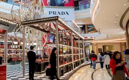 Thương hiệu xa xỉ Prada mất 864 triệu USD trong một ngày vì giới nhà giàu Trung Quốc bớt vung tay chi tiêu