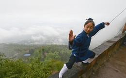 Từ bỏ công việc đáng mơ ước với mức lương 35 triệu, nữ sinh viên 9x chọn buông bỏ thực tại để vào núi xuất gia