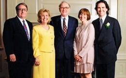 Con của tỷ phú Warren Buffett: Đi bộ đi học trường công, đi làm thêm vào mùa hè và 20 tuổi đọc báo mới biết bố là người giàu