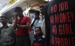 Cuộc sống nghiệt ngã của lao động nhập cư tại Singapore: Công việc nặng nhọc, lương thấp và đói ăn