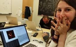 """Katie Bouman, cô nàng """"chụp ảnh hố đen"""", đang bị những kẻ thiếu hiểu biết công kích"""