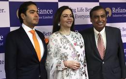Cuộc sống xa hoa cùng các mối quan hệ với người nổi tiếng của tỷ phú giàu nhất Ấn Độ