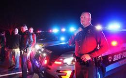 Vì sao cứ 20:30 mỗi ngày hàng loạt nhà cao tầng, khách sạn, xe tuần tra cảnh sát tại vùng Providence, Mỹ đồng loạt nháy đèn?