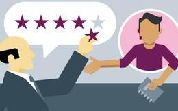 Khách hàng không mua hàng, họ mua những trải nghiệm! Họ rất đa nghi, chẳng ai tin vào chiến lược marketing bạn đang dồn sức quảng bá đâu!
