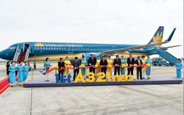 Đưa hơn 1,4 tỉ cổ phiếu lên sàn niêm yết, Vietnam Airlines đang đối mặt những rủi ro kinh doanh nào?
