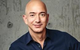 Jeff Bezos: Các doanh nhân nên bị 'ám ảnh bởi khách hàng', đừng khiến họ hài lòng, hãy làm họ hoàn toàn thích thú