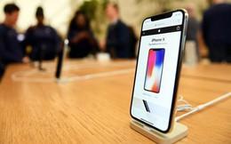 Vì sao smartphone bày sẵn trên kệ shop không bao giờ được bán? Hình ảnh này sẽ thay lời muốn nói!
