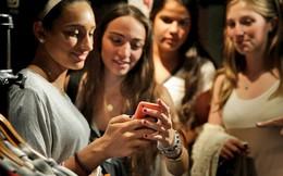 Italia đề xuất xem chứng nghiện điện thoại cũng như nghiện ma túy