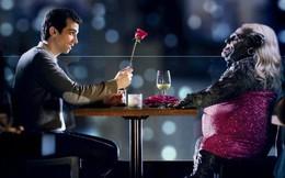 """Khoa học khẳng định """"Gái yêu bằng tai, trai yêu bằng mắt"""" là có cơ sở: Thế nên đàn ông nhất định phải có tiền và phụ nữ phải xinh đẹp bằng mọi giá!"""