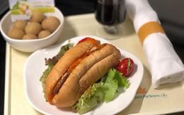 """Từ đầu tháng 9, khách hàng của Vietnam Airlines được ăn bánh mỳ """"thuần Việt"""" trên các chuyến bay"""